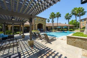 Three Bedroom Apartments for Rent in Northwest Houston, TX -Pool Area & Pergola
